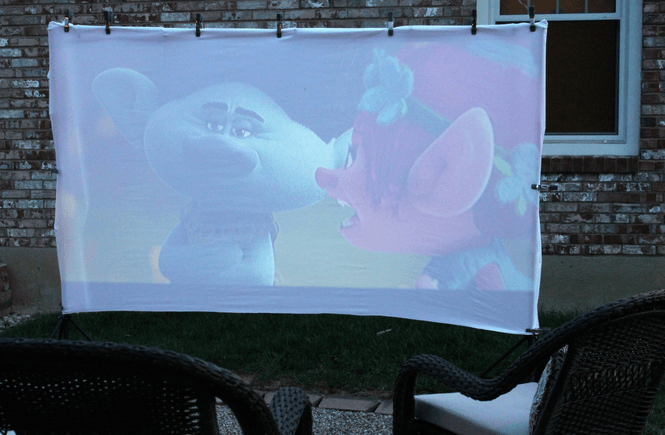 #EnterTheWonderVault ,#CollectiveBias , AD , outdoor movie night, family night