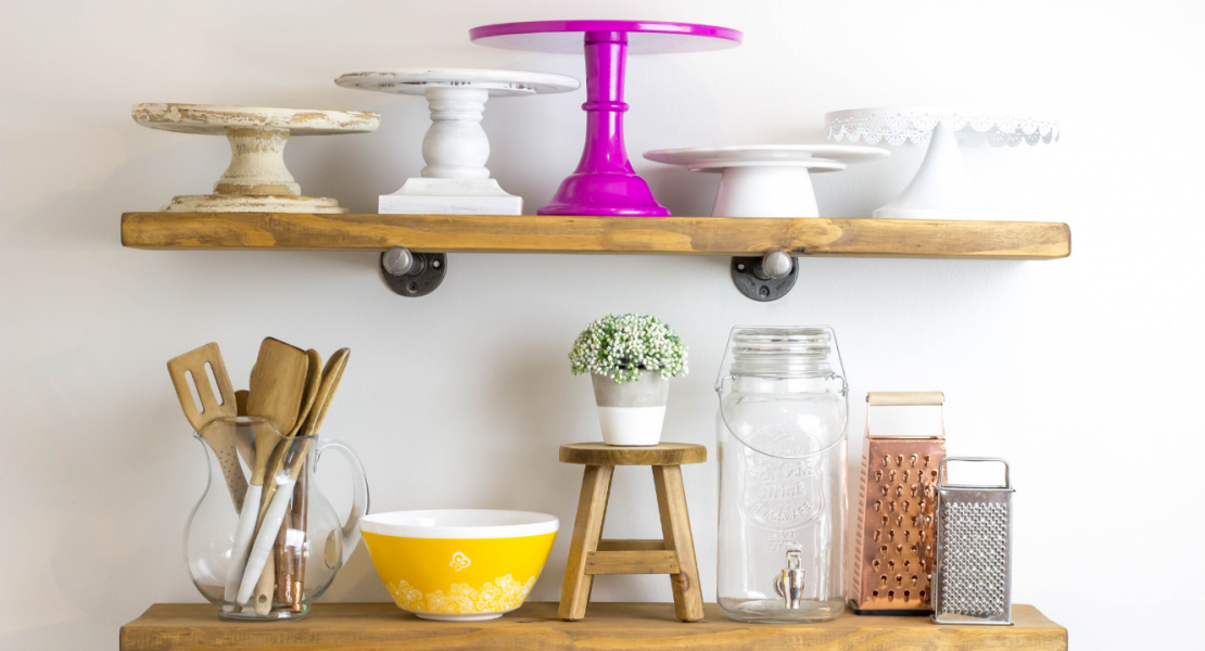 DIY Rustic Industrial Shelves. DIY farmhouse. DIY for beginners, how to make shelves, how to make rustic shelves, industrial shelves for the home