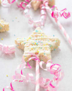 Cake Batter Rice Krispies Wands, birthday party ideas, sprinkle birthday party, princess birthday party, rice krispies treats, funfetti rice krispie treats