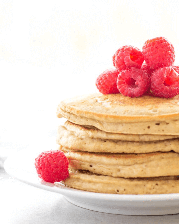 applesauce pancakes, pancakes made with applesauce, healthier pancakes, breakfast ideas