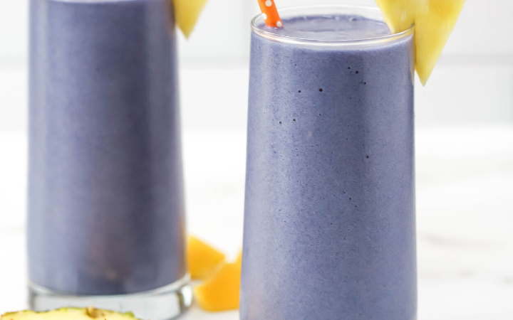 Tropical Blue Smoothie, blue butterfly pea flower powder, smoothie ideas, tropical recipes, healthy smoothie, #smoothie